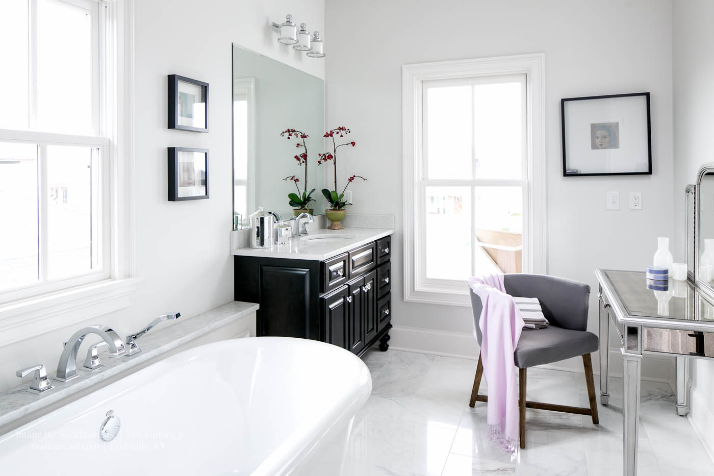 RealTourCast | The Waverly | Master Bathroom | Norton Commons